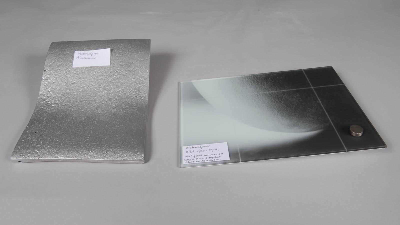 Materialprover till Eva Hilds skulptur Binär.