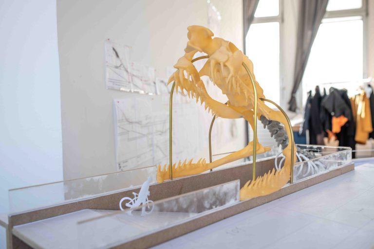 Rainbow Snake av Huang Yong Ping är idéförslaget som vunnit tävlingen att gestalta den nya stationen Haga i Göteborg.