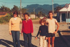 Corcovado, Dionei, Senhora Benedita, and her children Juliana and Romulo