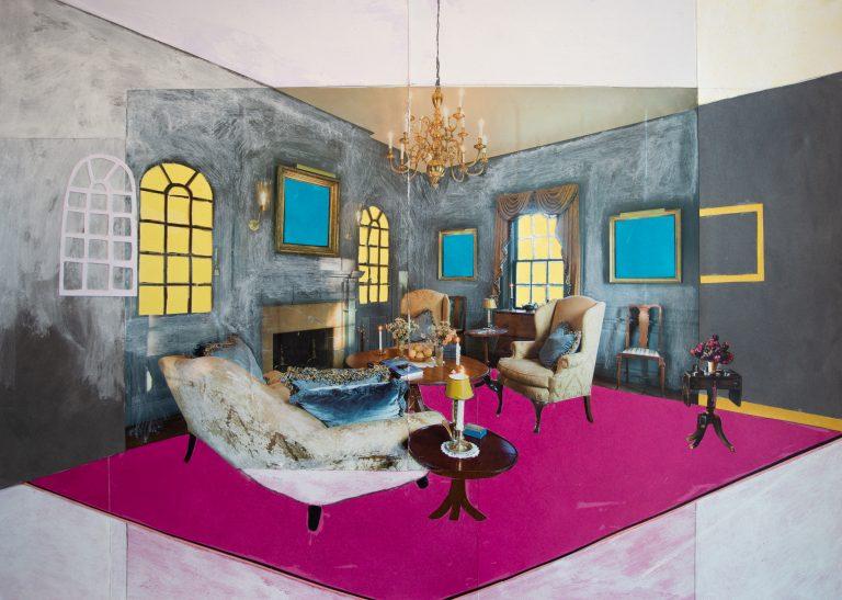Ett vardagsrum med öppen spis i tjusig stil